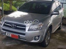 Cần bán Toyota RAV4 đời 2009, màu bạc, nhập khẩu nguyên chiếc, giá 500tr