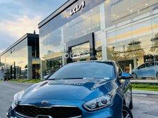 Cần bán xe Kia Cerato 1.6AT Luxury năm 2021, màu xanh lam