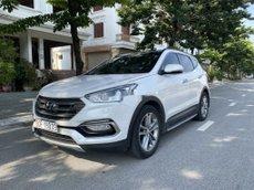 Cần bán Hyundai Santa Fe sản xuất năm 2016, màu trắng, 799 triệu
