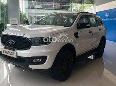 Bán xe Ford Everest 2.0L 4x2 AT Sport năm sản xuất 2021, màu trắng.