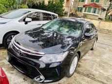 Xe Toyota Camry năm sản xuất 2017 còn mới