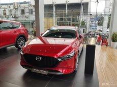 Bán xe Mazda 3 sản xuất năm 2021, màu đỏ, 636 triệu