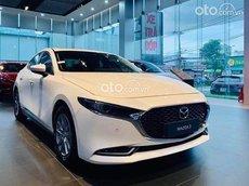 Cần bán xe Mazda 3 sản xuất năm 2021, màu trắng, 636tr