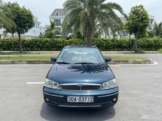 Gia đình muốn bán Ford Laser 1.6MT sx 2003