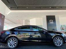 Cần bán Mazda 6 2.0L Luxury 2021, màu đen