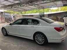 Cần bán BMW 740Li năm sản xuất 2018, màu trắng, nhập khẩu