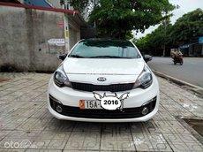 Cần bán xe Kia Rio sản xuất 2016, màu trắng, nhập khẩu nguyên chiếc chính chủ, 390tr