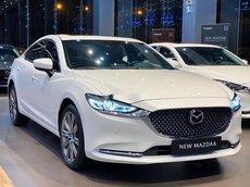 Bán Mazda 6 năm sản xuất 2021, màu trắng, giá 848tr