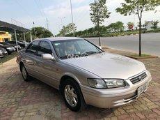 Cần bán Toyota Camry đăng ký 2002 ít sử dụng giá chỉ 190tr
