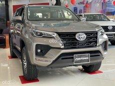 Toyota Biên Hòa - đủ màu giao ngay