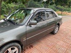 Cần bán xe Toyota Corolla đời 2001, màu xám, nhập khẩu, 100 triệu