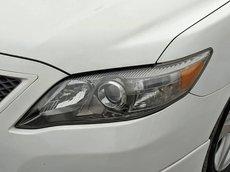 Bán Toyota Camry 2.5 SE sản xuất 2011, màu trắng, nhập khẩu chính chủ