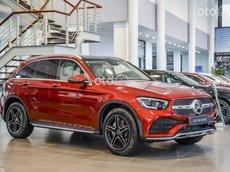 Mercedes-Benz GLC 300 4Matic, tặng 1 năm bảo hiểm, triết khấu lên tới 150 triệu, giao xe ngay