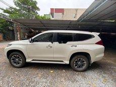 Cần bán Mitsubishi Pajero Sport đời 2018, màu trắng, xe nhập chính chủ