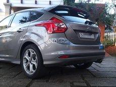 Xe Ford Focus năm 2015 xe gia đình giá chỉ 479tr