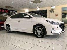 Bán Hyundai Elantra năm 2020, màu trắng còn mới