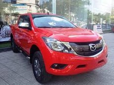 Cần bán Mazda BT 50 2.2L Standard MT đời 2021, màu đỏ