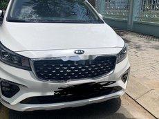 Bán Kia Sedona đời 2020, màu trắng xe gia đình
