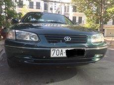 Cần bán lại xe Toyota Camry đời 2002, màu xanh lam, 242tr