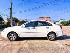 Xe Daewoo Lacetti 2009, màu trắng còn mới, giá tốt