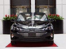 Hyundai Elantra giá ưu đãi tháng 10, giá cạnh tranh