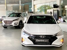 Hyundai Elantra 2021 hỗ trợ giảm giá 40tr, giá xe chỉ từ 535tr giảm 50% trước bạ