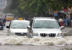 Kinh nghiệm chăm sóc xe ô tô ngập nước