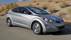 Đánh giá ưu nhược điểm xe Hyundai Elantra 2014