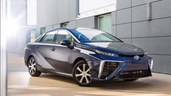 Đánh giá xe Toyota Mirai 2017