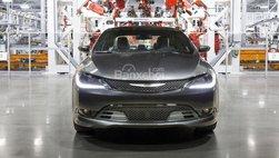 Nhà máy Chrysler 200 vẫn ngừng sản xuất trong tháng 4