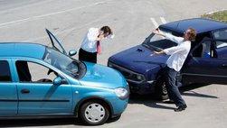 Ô tô cần mua những loại bảo hiểm gì?