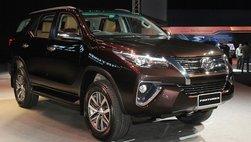 Toyota Fortuner đòi lại 'ngai vàng' sau 7 tháng vắng mặt trong phân khúc SUV 7 chỗ