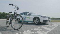 Hài hước: xế sang Audi A4 độ thành xe đạp?