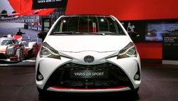 Toyota Yaris GS Sport 2019 xuất hiện tại Triển lãm Paris, đậm chất xe đua