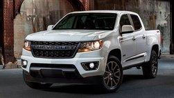 Chevrolet Colorado ra mắt hai phiên bản đặc biệt Trail Runner và RST