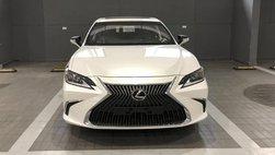 Lexus ES 250 2019 xuất hiện ở đại lí, sắp bán ra ở Việt Nam