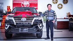 Đổi vận ăn Tết 2019, nghệ sĩ hài Quang Tèo quyết tậu xe Toyota Fortuner mới