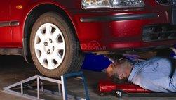 Cách dùng dốc nâng ô tô, bục nâng xe hơi tiện lợi cho sửa chữa và vệ sinh