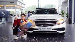 """""""Cô giáo Khánh"""" tậu xe sang tiền tỷ Mercedes-Benz E200 nhân dịp 25 tuổi"""