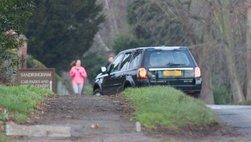Phu quân 97 tuổi của Nữ hoàng Anh tiếp tục gặp rắc rối với chiếc Land Rover