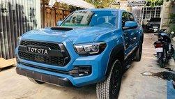 Chiêm ngưỡng Toyota Tacoma thứ 2 tại Việt Nam, hầm hố như Ford Ranger Raptor