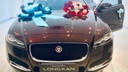 Sao Việt tậu xế hộp bạc tỷ chơi Tết, có thêm đạo diễn Long Kan với sedan hạng sang Jaguar XF