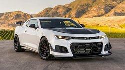 Động cơ V8 của VinFast LUX từng được trang bị trên những mẫu xe nào?