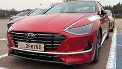 Hyundai Sonata thế hệ mới lộ ảnh 'nóng' kèm thông số sơ bộ