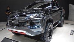 Ford có Ranger Raptor, Mitsubishi sẵn sàng 'chiến' bằng Triton Absolute