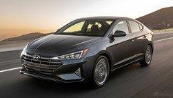 Hyundai Elantra 2020 khai tử số sàn, bổ sung tính năng, đẩy giá lên 441 triệu đồng
