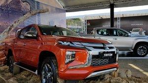 Giá lăn bánh xe Mitsubishi Triton 2019 mới nhất tại Việt Nam