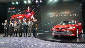 Chính thức công bố giá Toyota Camry 2019 tại Việt Nam, quá bất ngờ