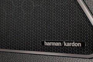 Đánh giá xe Maserati Ghibli S có âm thanh Harman Kardon chất lượng cao.