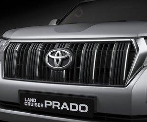 Lưới tản nhiệt xe Toyota Land Cruiser Prado 2018